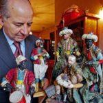 Antonio Guarino con le sue creazioni